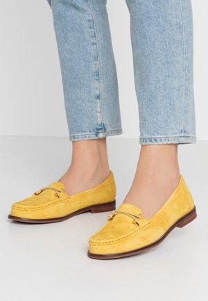 BERGALA - Półbuty wsuwane - yellow