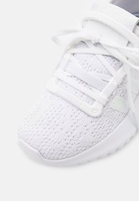 adidas Originals - U_PATH RUN SPORTS INSPIRED SHOES UNISEX - Trainers - footwear white/core black - 5