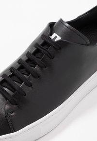 J.LINDEBERG - Sneakersy niskie - black - 5