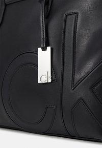 Calvin Klein - SHOPPER COMP - Laptop bag - black - 4