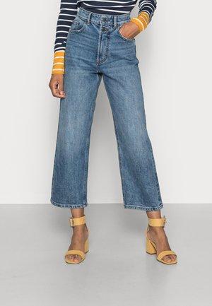DAD FIT - Straight leg jeans - blue medium wash