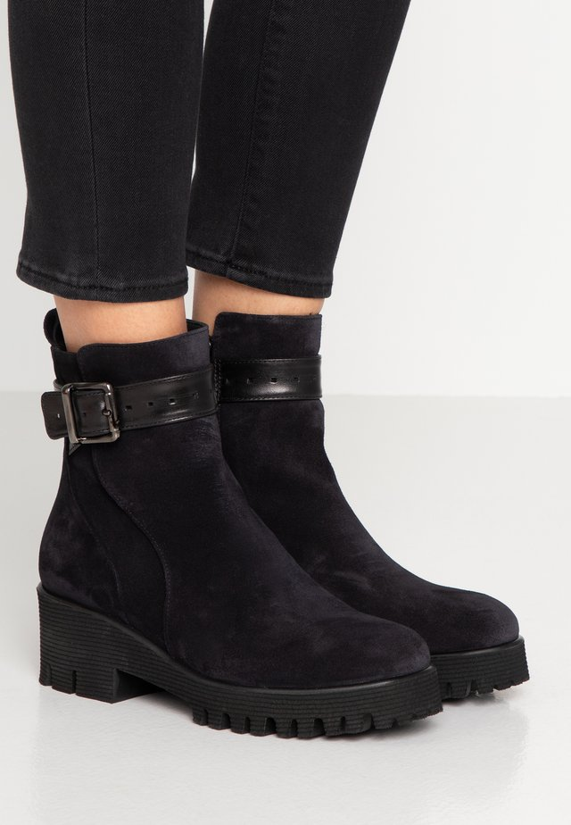 KELLY - Platform ankle boots - sirena
