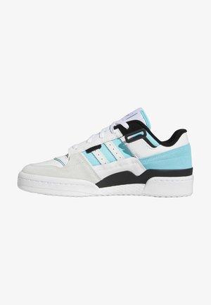 FORUM EXHIBIT LOW UNISEX - Sneakersy niskie - white/core black/pulse aqua