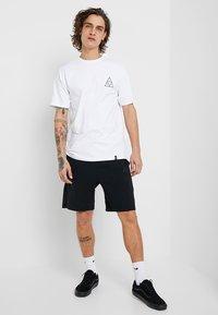 HUF - CITY ROSE TEE - Print T-shirt - white - 1