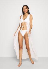 Vero Moda - VMEDDY SWIM SET - Bikini - snow white - 1