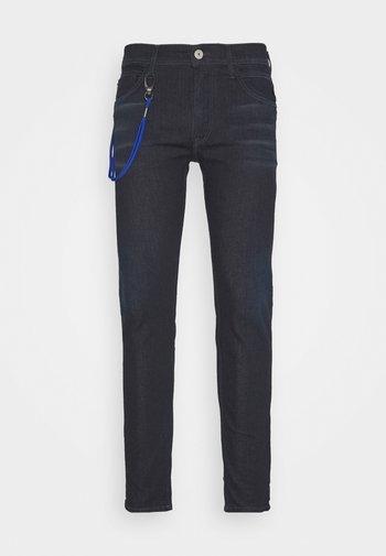 TITANIUM MAX - Jeans slim fit - dark blue