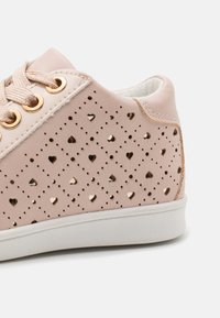 Friboo - High-top trainers - nude - 5
