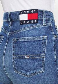 Tommy Jeans - HARPER FLARE ANKLE - Jean droit - dark-blue denim - 3