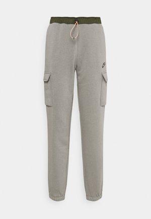 PANT - Spodnie treningowe - light army/cargo khaki