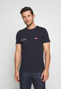 Tommy Hilfiger Tailored - TOMMY X MERCEDES-BENZ - T-shirt basic - blue - 0