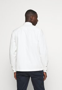 Topman - SUSTAINABLE - Košile - off white - 2