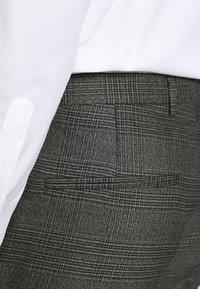 Viggo - CHECK - SLIM FIT SUIT - Completo - charcoal - 10