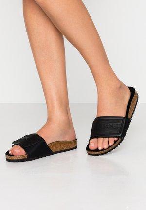 TEMA - Sandalias planas - black