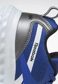Reebok - RUSH RUNNER 3.0 CORE - Trainers - blue - 6