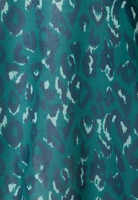 Sara Lindholm by HAPPYsize - Button-down blouse - petrol - 3
