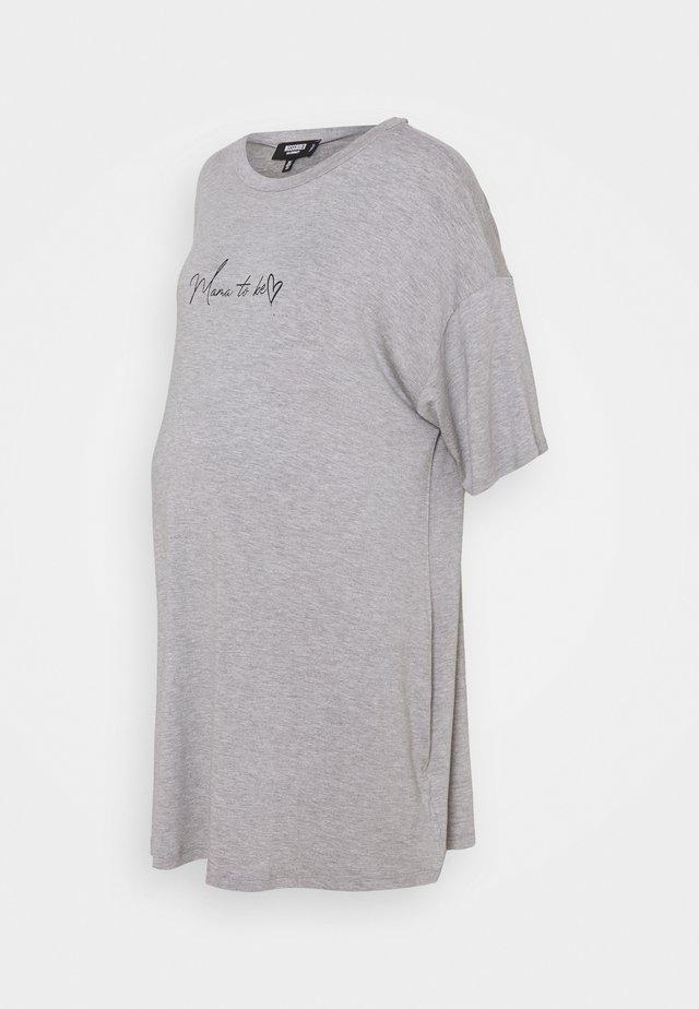 MATERNITY MAMA TO BE NIGHT DRESS - Triko spotiskem - grey