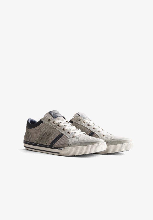 W.BUCKLAND - Sneakers laag - grey