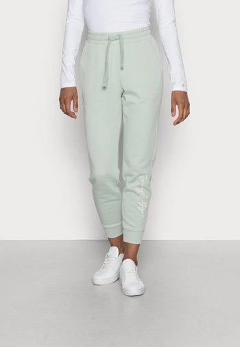 HERITAGE - Pantalon de survêtement - delicate jade