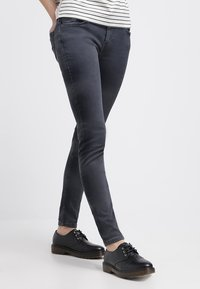 Levi's® - 535 LEGGING - Jeans Skinny Fit - tumbled stone - 0