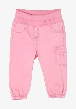 MIT UMSCHLAGBUND - Trousers - rose