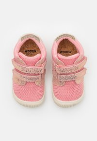 Woden - TRISTAN  - Baby shoes - soft pink - 3