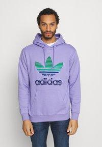 adidas Originals - OMBRE UNISEX - Sweatshirt - light purple - 0