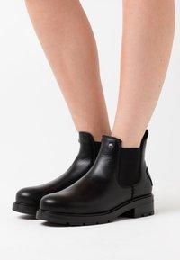 Panama Jack - LEYRE IGLOO - Zimní obuv - black - 0