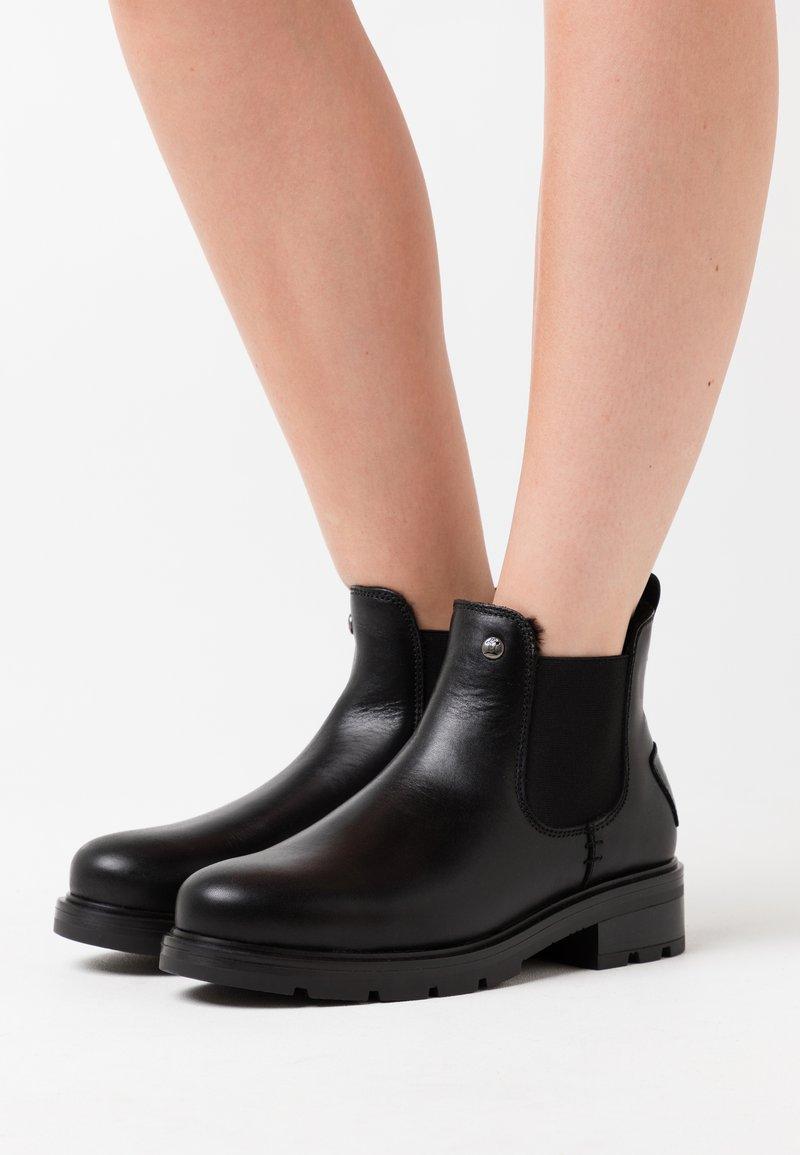 Panama Jack - LEYRE IGLOO - Zimní obuv - black