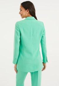 WE Fashion - Blazer - bright green - 2