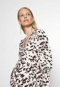 Glamorous Bloom - WRAP DRESS WITH TIE DETAIL - Maxi dress - cream brown abstract - 5