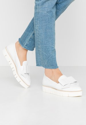 Slip-ons - weiss