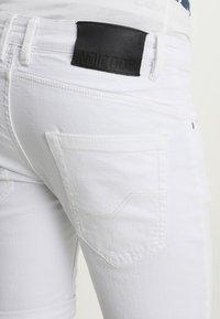 INDICODE JEANS - KADEN - Denim shorts - offwhite - 3
