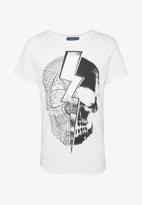 Religion - LIGHTNING SKULL TEE - T-shirt imprimé - white - 3