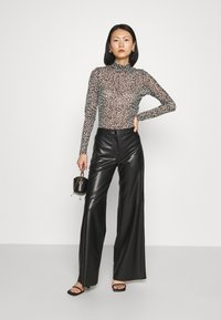 Marc Cain - Long sleeved top - brown - 1