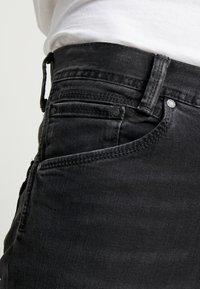 Pepe Jeans - SPIKE - Jean droit - black denim - 5