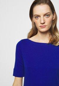 Lauren Ralph Lauren - Basic T-shirt - royal cobalt - 4