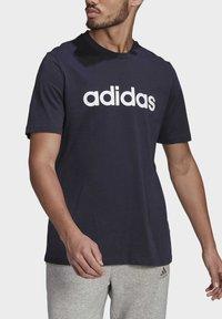 adidas Performance - T-shirt med print - legend ink - 3