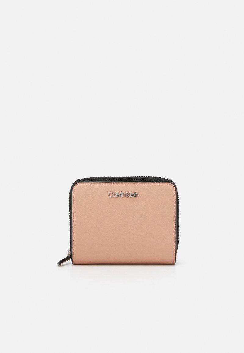 Calvin Klein - WALLET FLAP  - Wallet - pink
