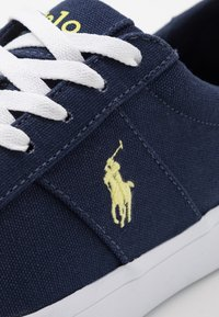 Polo Ralph Lauren - SAYER - Sneakers laag - navy/neon yellow - 5