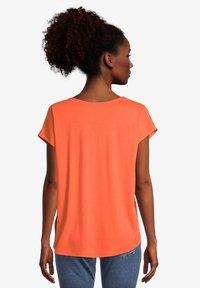 Cartoon - Basic T-shirt - papaya orange - 2