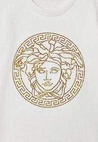 Versace - ABITO - Denní šaty - bianco lana - 2