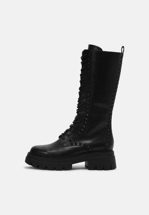 LULLABY STUDS - Snørestøvler - black