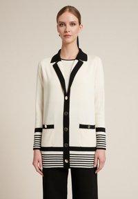 Luisa Spagnoli - Short coat - panna/nero - 0