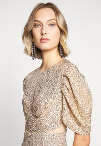 Three Floor - EXCLUSIVE SEQUIN GOWN - Occasion wear - gold - 5
