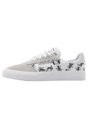 3MC X DISNEY SPORT GOOFY UNISEX - Sneakers laag - crystal white/footwear white/core black