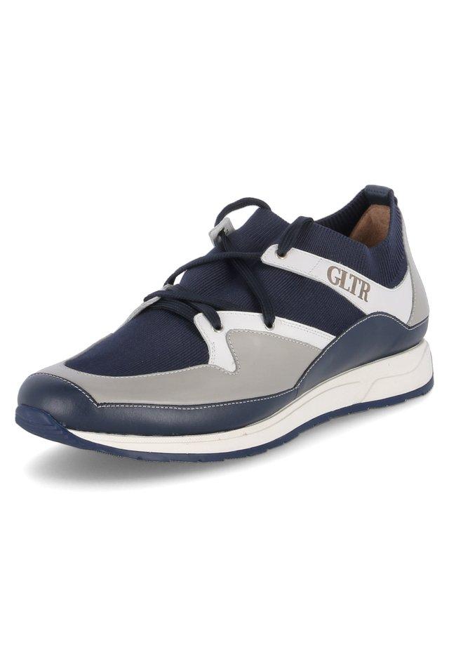 Trainers - blau  grau  weiß