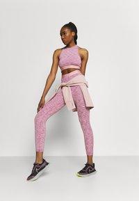 Nike Performance - CROP - Medias - sweet beet/pink glaze/white - 1