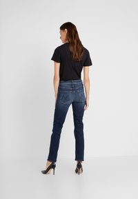 Mother - THE MID RISE DAZZLER ANKLE - Straight leg jeans - on the edge - 2