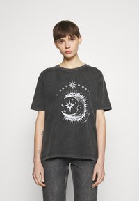 BDG Urban Outfitters - ETERNAL MOON TEE - Print T-shirt - washed grey - 0