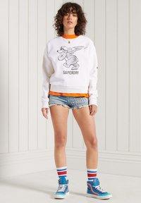 Superdry - MILITARY NARRATIVE - Sweatshirt - nordic bone - 2